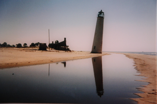 The iconic leaning St George Lighthouse circa 1995?