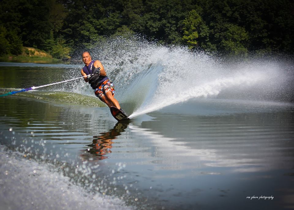 David slalom skiing at 67 years old.  Not bad for an old guy!  Need to keep it that way!
