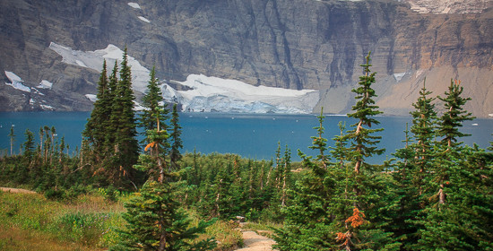 Hiking to Iceberg Lake